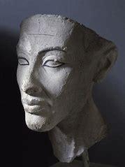 Nefertiti 12
